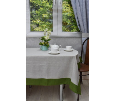 Скатерть серая с зеленой каймой 150*250